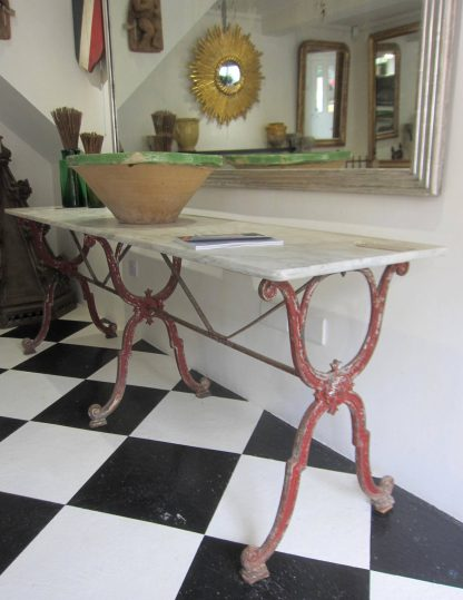 Belle bistro table
