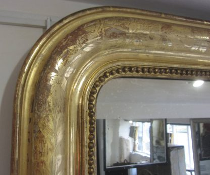 Gorgeous gilt overmantle